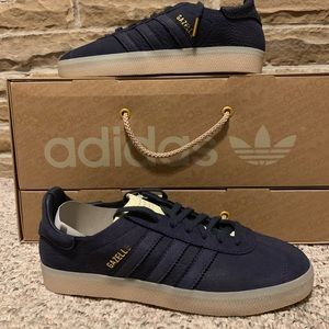 RARE Adidas x Stead Leather UK w/ Sneaker Care kit